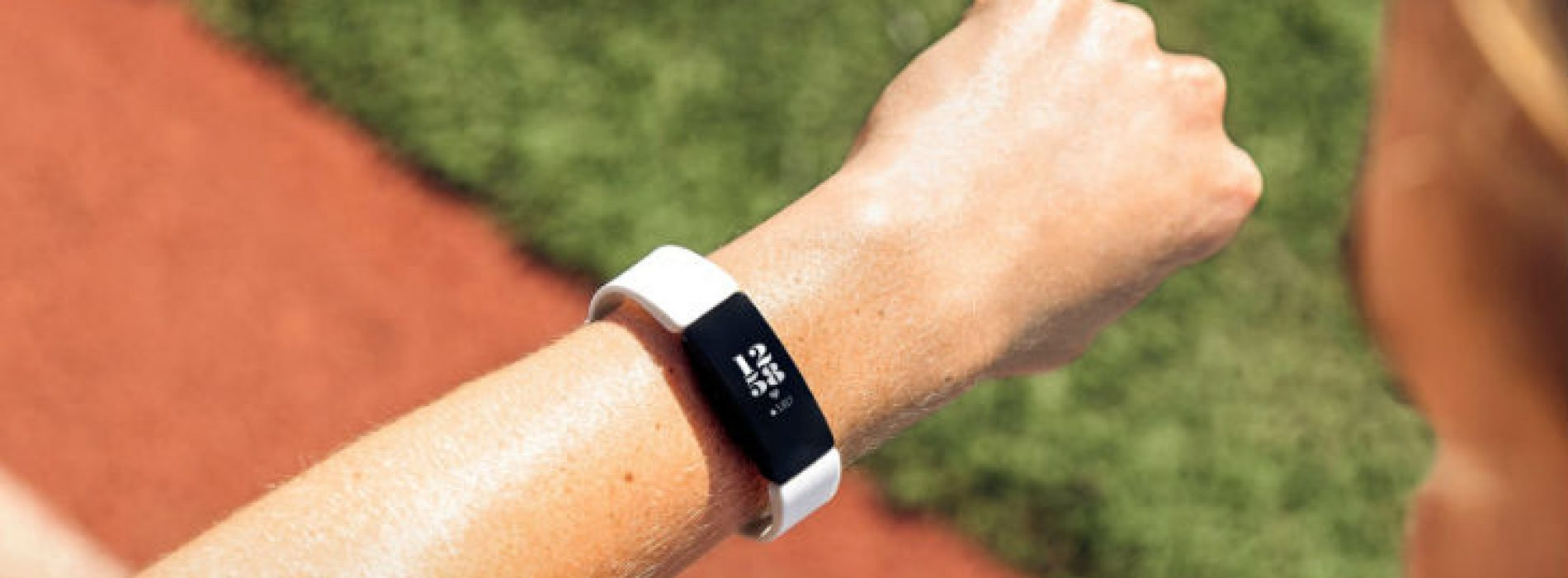 History Of Activity Trackers (From Pedometers To Fitbit)